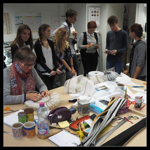 1STD2A - visite des ateliers de conception et de réalisation de costumes de Nantes-Angers-Opéra au théâtre Graslin (mars 2017)